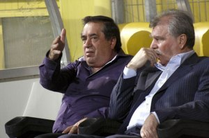Ioan Niculae (left) and Dinu Gheorghe could set a record with the number of coaches changed during one season.